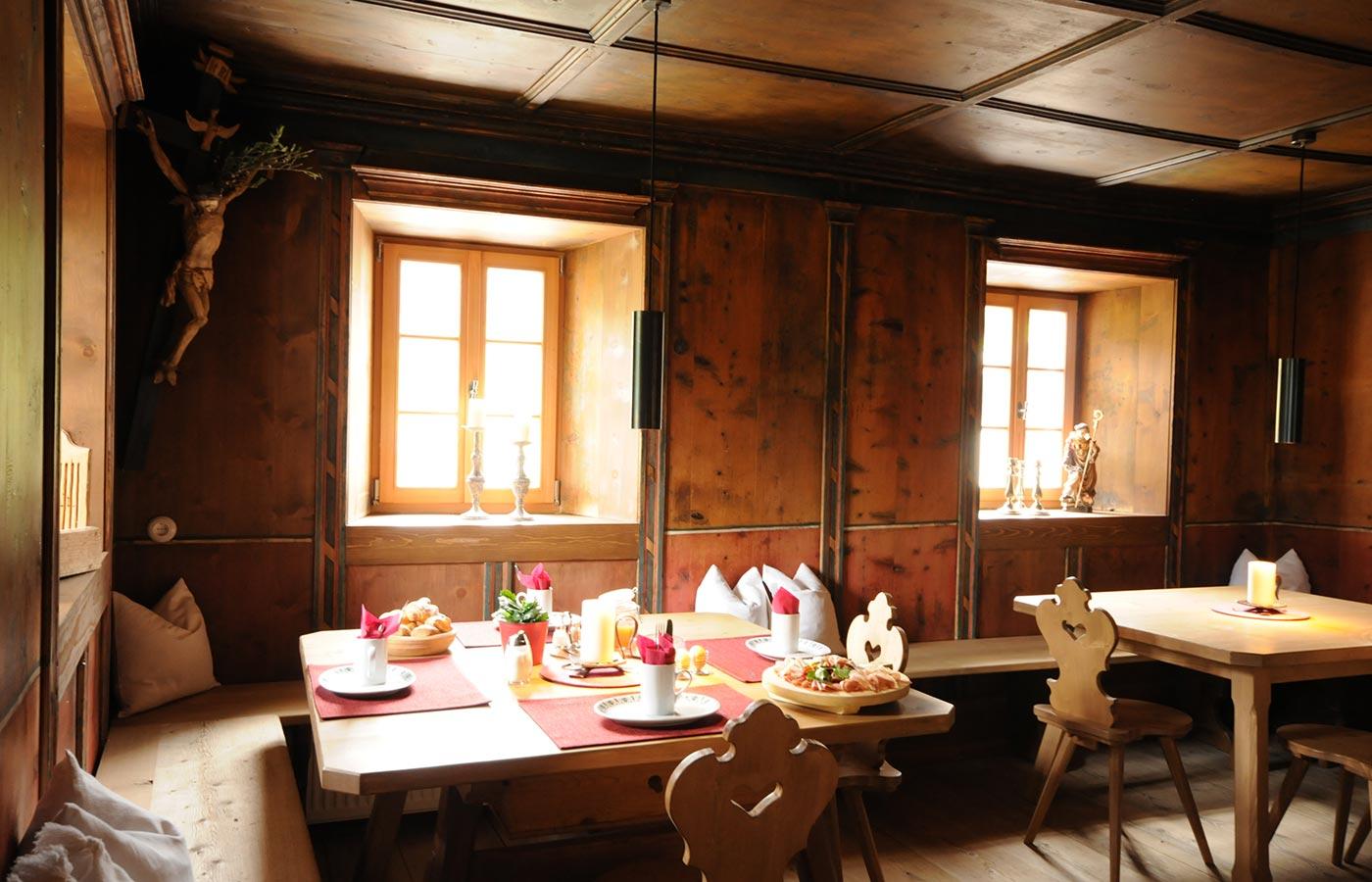 urlaub-zimmer-frühstück-bauernhof-prags-pustertal-vacanza-maso-braies-val-pusteria-rooms-breakfast-farm-holidays-slider-unten