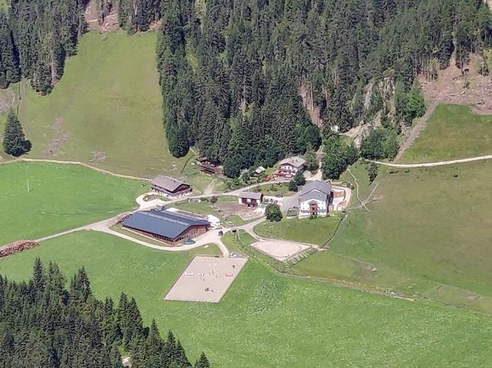 urlaub-zimmer-frühstück-bauernhof-pragser-wildsee-vacanza-maso-lago-di-braies-rooms-breakfast-farm-holidays-lake5